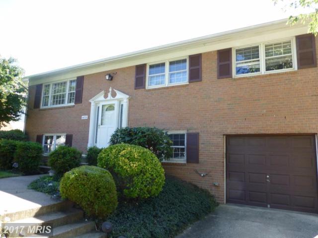 14723 Cranoke Street, Centreville, VA 20120 (#FX10072323) :: Pearson Smith Realty