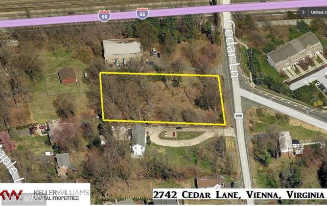 2742 Cedar Lane, Vienna, VA 22180 (#FX10104969) :: The Belt Team