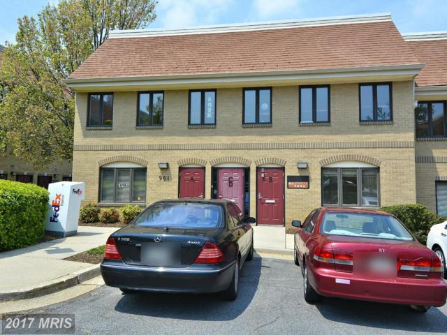 961--B Russell Avenue, Gaithersburg, MD 20879 (#MC10026067) :: LoCoMusings