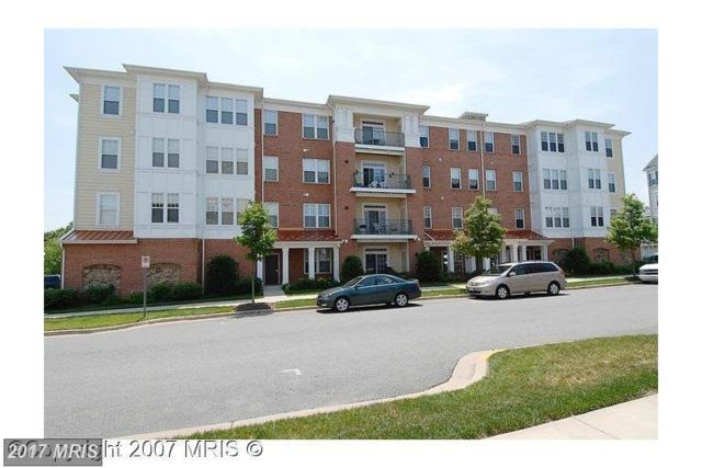 150 Chevy Chase Street #206, Gaithersburg, MD 20878 (#MC10026602) :: Pearson Smith Realty