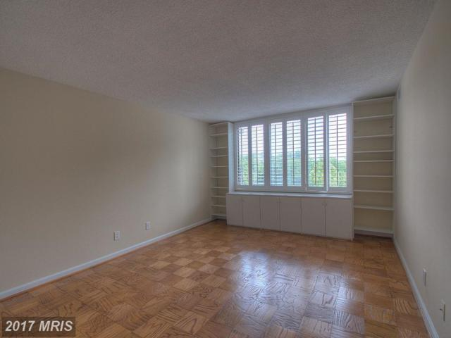 5225 Pooks Hill Road 608S, Bethesda, MD 20814 (#MC10054335) :: Pearson Smith Realty
