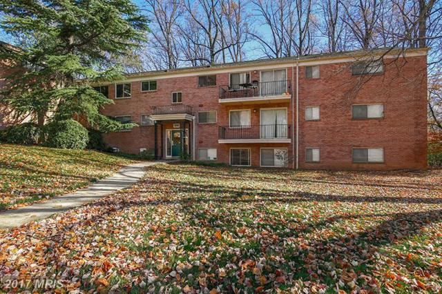 10506 Weymouth Street W-3, Bethesda, MD 20814 (#MC10107172) :: Dart Homes