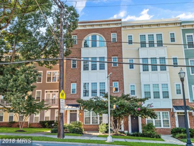 232 N Summit Avenue #26, Gaithersburg, MD 20877 (#MC10151311) :: Dart Homes