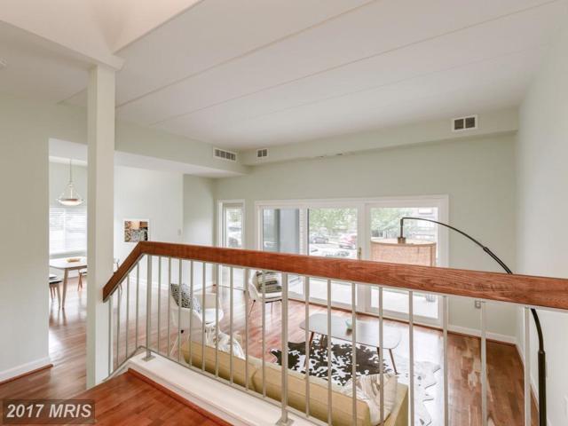 126 Roberts Lane #100, Alexandria, VA 22314 (#AX10045209) :: Pearson Smith Realty