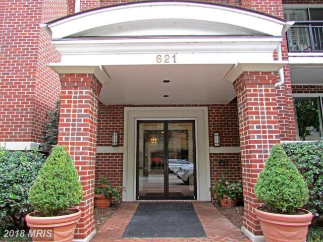 621 Saint Asaph Street N #106, Alexandria, VA 22314 (#AX10298137) :: Pearson Smith Realty