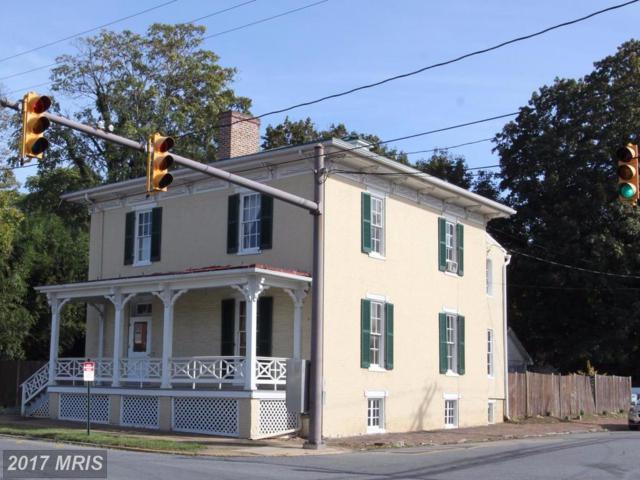 301 Washington Street, Charles Town, WV 25414 (#JF10041161) :: Pearson Smith Realty