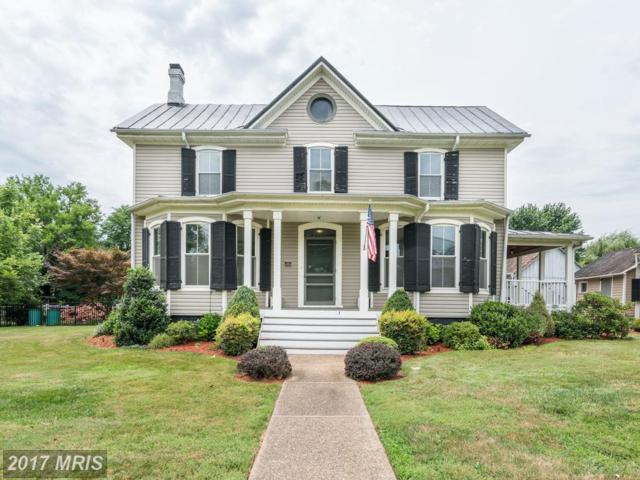 20857 Ashburn Road, Ashburn, VA 20147 (#LO9985685) :: Pearson Smith Realty