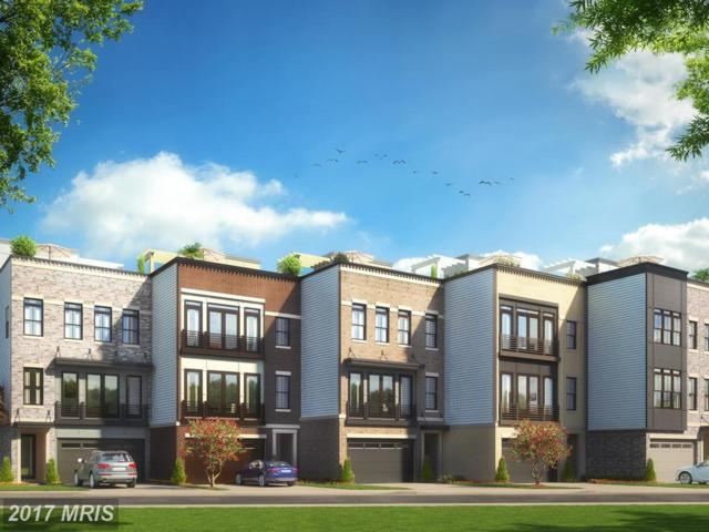 23098 Sullivans Cove Square, Brambleton, VA 20148 (#LO9986112) :: Robyn Burdett Real Estate Group