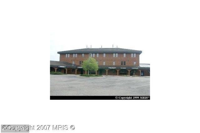 10903 Indian Head Highway #101, Fort Washington, MD 20744 (#PG8576367) :: LoCoMusings