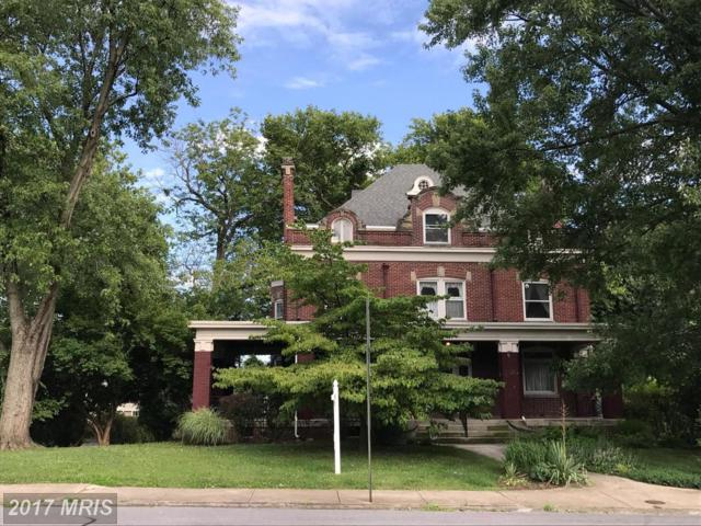 940 Oak Hill Avenue, Hagerstown, MD 21742 (#WA9895366) :: Pearson Smith Realty