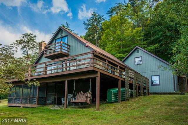 325 Amberwood Lane, Great Cacapon, WV 25422 (#MO9763057) :: LoCoMusings