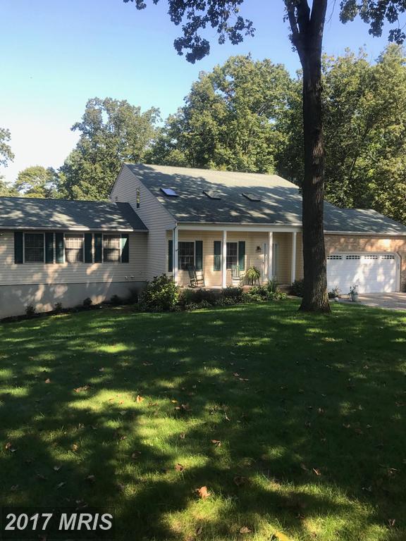 9212 Goose Pond Drive, Pasadena, MD 21122 (#AA10058194) :: The Riffle Group of Keller Williams Select Realtors