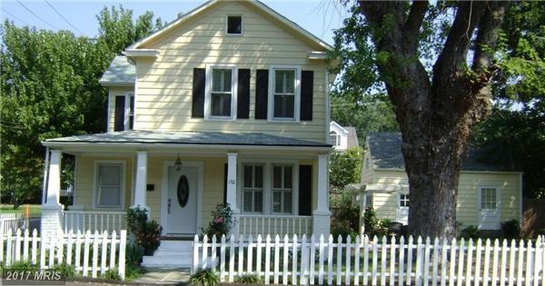 1711 21ST Road N, Arlington, VA 22209 (#AR10012607) :: Pearson Smith Realty