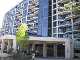 1530 Key Boulevard #229, Arlington, VA 22209 (#AR10048826) :: Pearson Smith Realty