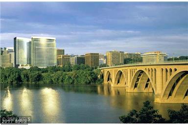 1111 19TH Street N #1702, Arlington, VA 22209 (#AR10063328) :: Arlington Realty, Inc.