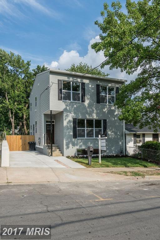 2121 Lowell Street S, Arlington, VA 22204 (#AR10101356) :: Pearson Smith Realty