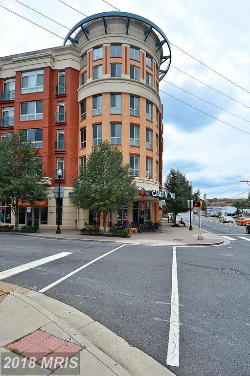 2200 Westmoreland Street #321, Arlington, VA 22213 (#AR10136336) :: Browning Homes Group