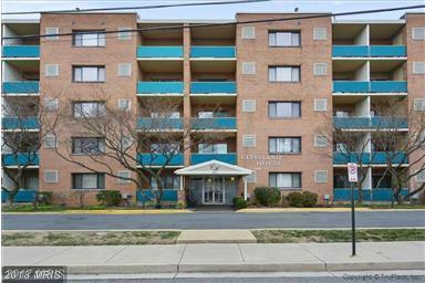 1931 Cleveland Street N #610, Arlington, VA 22201 (#AR10158786) :: The Tom Conner Team