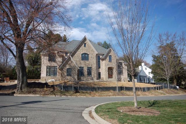 3200 Abingdon Street N, Arlington, VA 22207 (#AR10167651) :: The Bob & Ronna Group