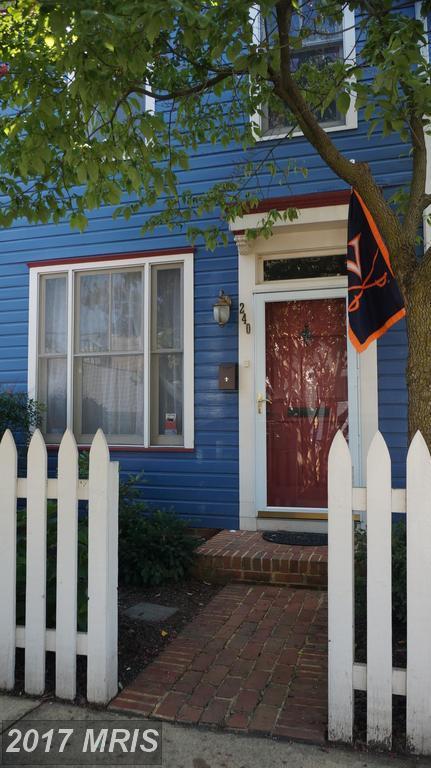 240 Payne Street, Alexandria, VA 22314 (#AX10014076) :: Arlington Realty, Inc.