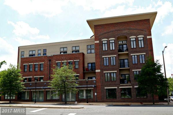 181 Reed Avenue #201, Alexandria, VA 22305 (#AX10031495) :: Pearson Smith Realty