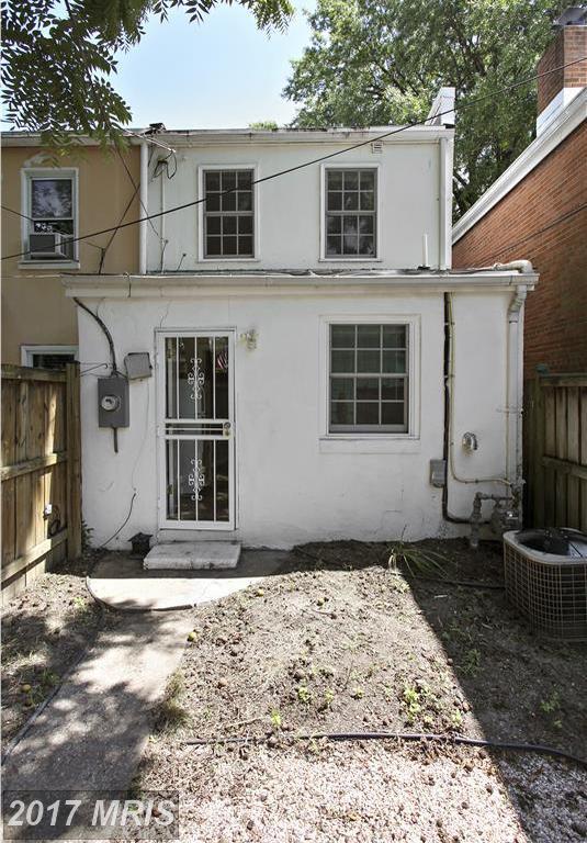 602 Alfred Street N, Alexandria, VA 22314 (#AX10037535) :: Pearson Smith Realty