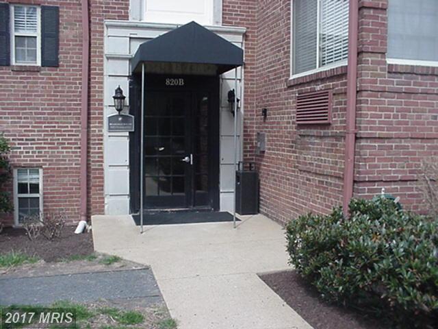 820-B Washington S Street S #228, Alexandria, VA 22314 (#AX10037877) :: LoCoMusings