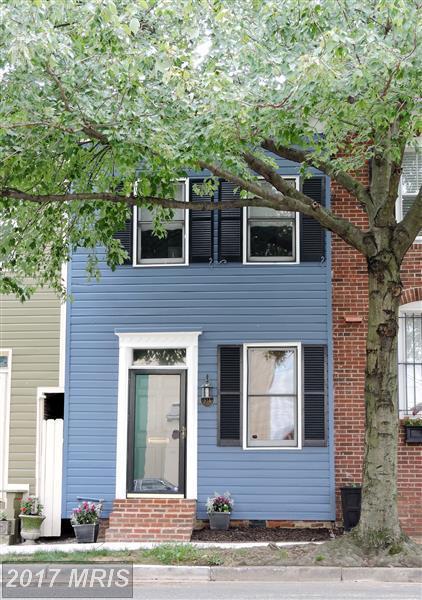 914 Pendleton Street, Alexandria, VA 22314 (#AX10046610) :: Pearson Smith Realty