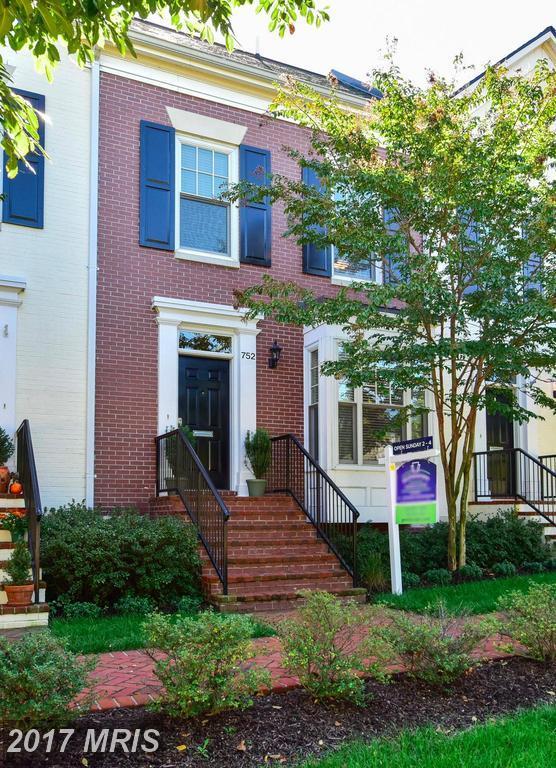752 First Street, Alexandria, VA 22314 (#AX10085127) :: Pearson Smith Realty