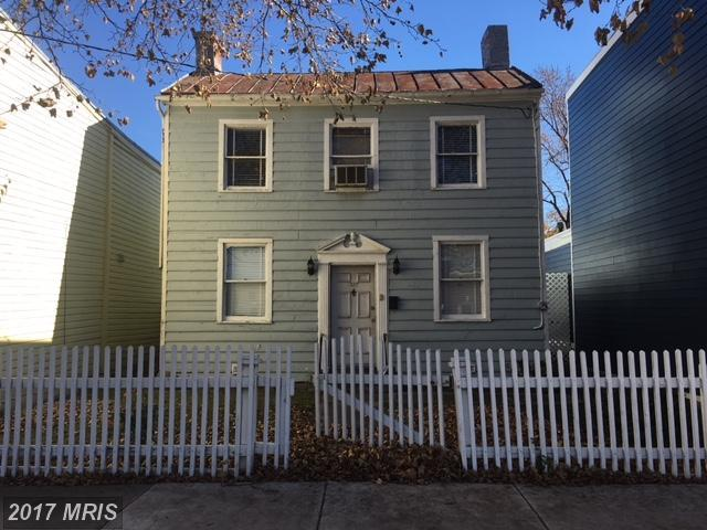 327 Henry Street, Alexandria, VA 22314 (#AX10122140) :: Pearson Smith Realty