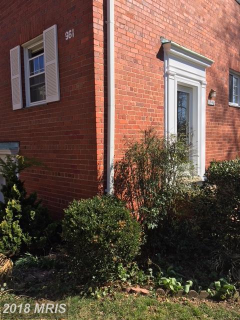 1550 Mount Eagle Place, Alexandria, VA 22302 (#AX10183210) :: RE/MAX Executives