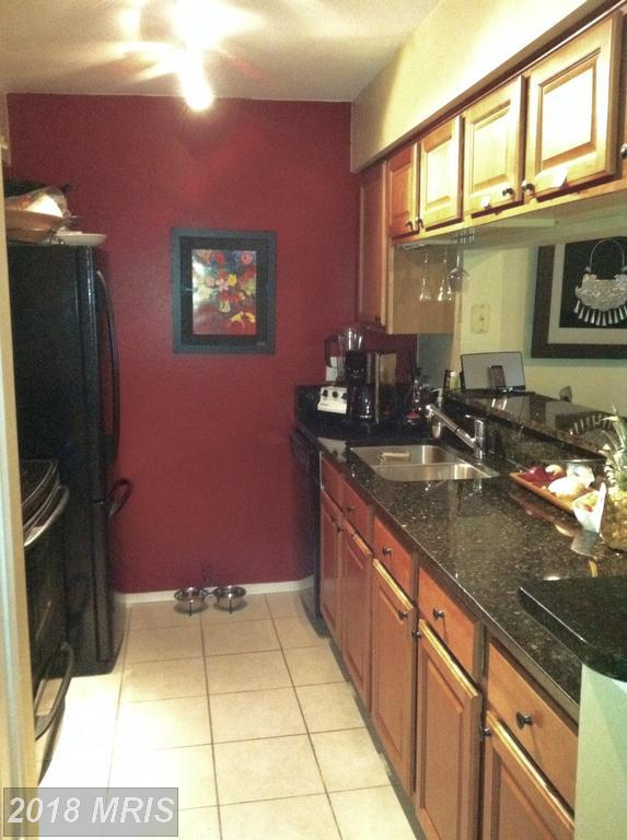 3309 Wyndham Circle #1183, Alexandria, VA 22302 (#AX10210342) :: Keller Williams Pat Hiban Real Estate Group