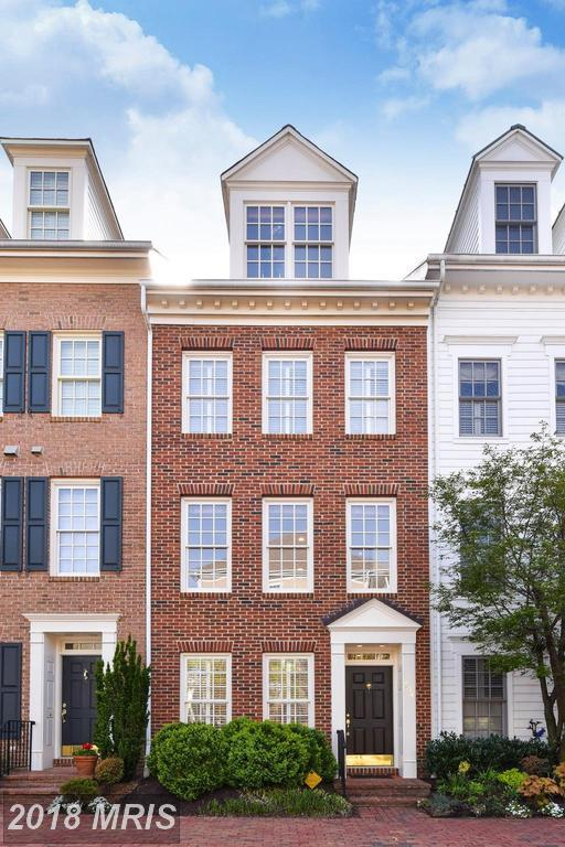 404 Payne Street S, Alexandria, VA 22314 (#AX10212884) :: Jim Bass Group of Real Estate Teams, LLC