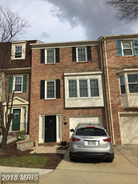 19 Carriage House Circle, Alexandria, VA 22304 (#AX10231307) :: RE/MAX Cornerstone Realty