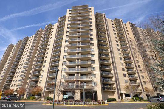 203 Yoakum Parkway #910, Alexandria, VA 22304 (#AX10245842) :: Dart Homes