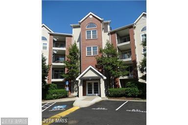 3313 Wyndham Circle #2218, Alexandria, VA 22302 (#AX10314195) :: Bob Lucido Team of Keller Williams Integrity