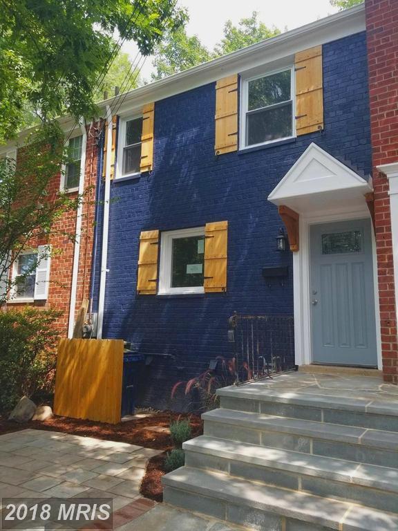 3015 Mosby Street, Alexandria, VA 22305 (#AX10322079) :: Circadian Realty Group