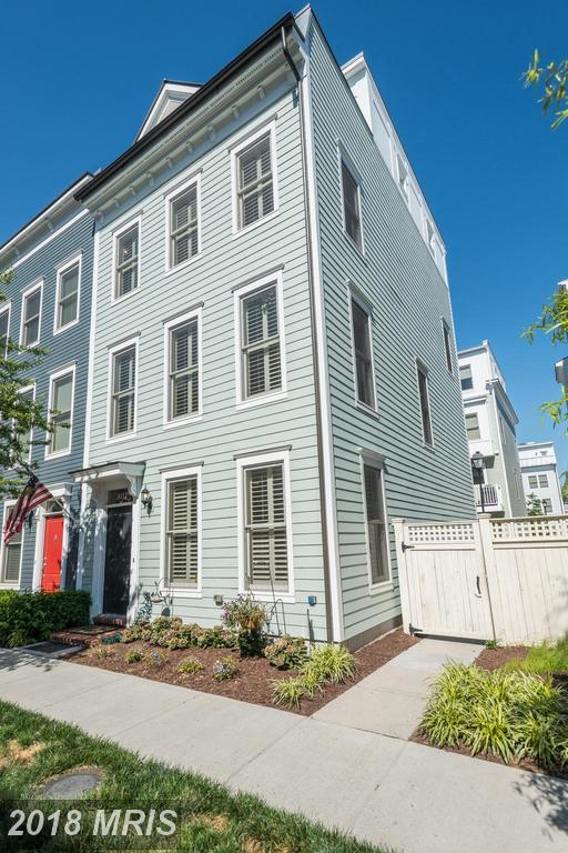 807 Parker Gray School Way, Alexandria, VA 22314 (#AX10342729) :: Labrador Real Estate Team