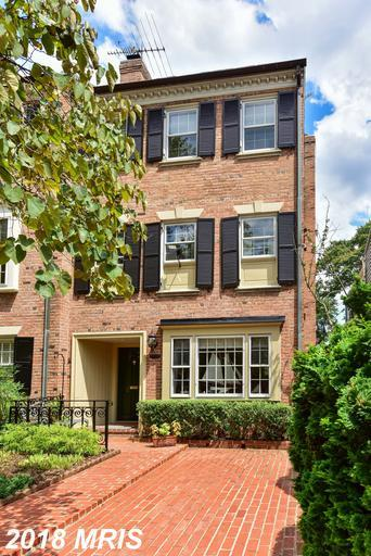 416 Pitt Street S, Alexandria, VA 22314 (#AX10350215) :: Colgan Real Estate