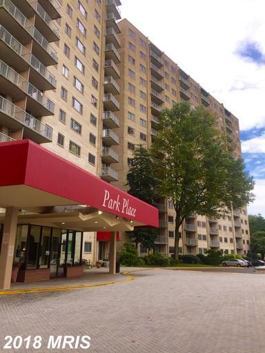 2500 Van Dorn Street #1005, Alexandria, VA 22302 (#AX10354387) :: The Putnam Group
