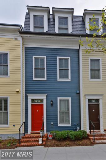 808 Montgomery Street, Alexandria, VA 22314 (#AX9968075) :: LoCoMusings