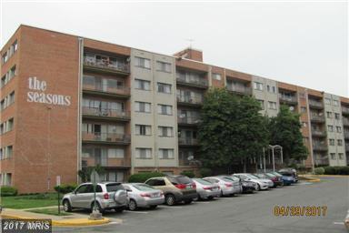 431 Armistead Street T3, Alexandria, VA 22312 (#AX9970780) :: Pearson Smith Realty