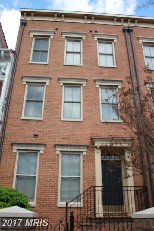 419 Euille Street, Alexandria, VA 22314 (#AX9984884) :: Pearson Smith Realty