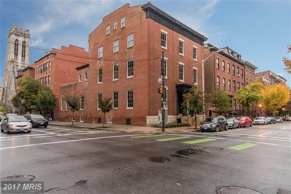 20 W Madison Street, Baltimore, MD 21201 (#BA10102430) :: Pearson Smith Realty
