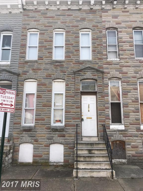 2019 Walbrook Avenue, Baltimore, MD 21217 (#BA10114915) :: Pearson Smith Realty