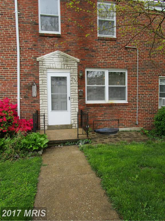 8527 Oak Road, Baltimore, MD 21234 (#BC10070215) :: Pearson Smith Realty