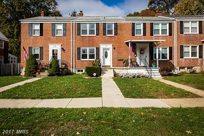 6112 Mt Ridge Road, Baltimore, MD 21228 (#BC10103792) :: Wes Peters Group