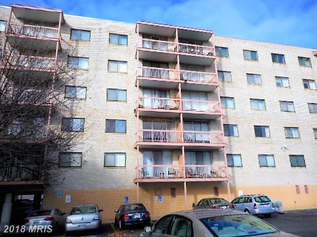 130 Slade Avenue #318, Baltimore, MD 21208 (#BC10130951) :: Pearson Smith Realty