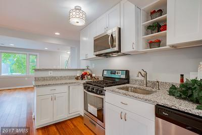 741 Leafydale Terrace, Baltimore, MD 21208 (#BC9955941) :: Pearson Smith Realty