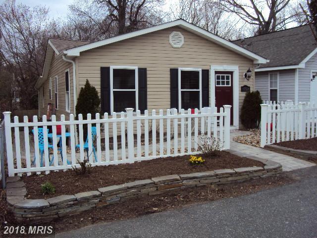 8724 D Street, Chesapeake Beach, MD 20732 (#CA10183879) :: Gail Nyman Group